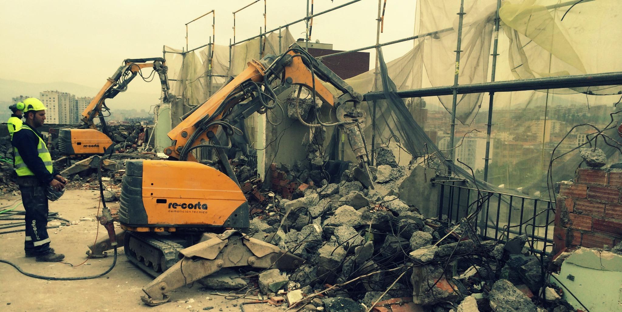 Robots demolición RE-CORTA