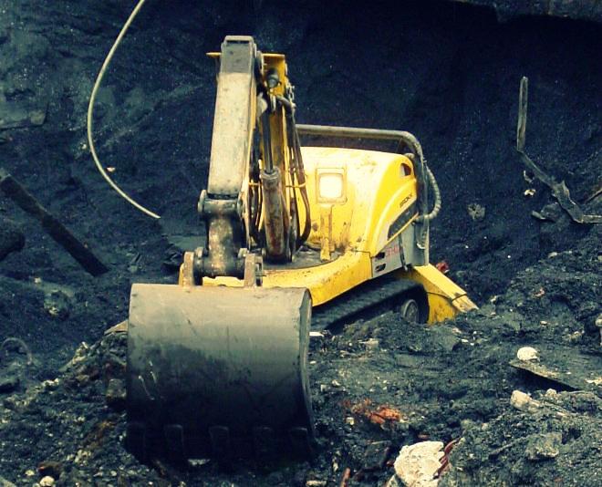 RE-CORTA desplaza dos robots de demolición a ALCOA en Lugo