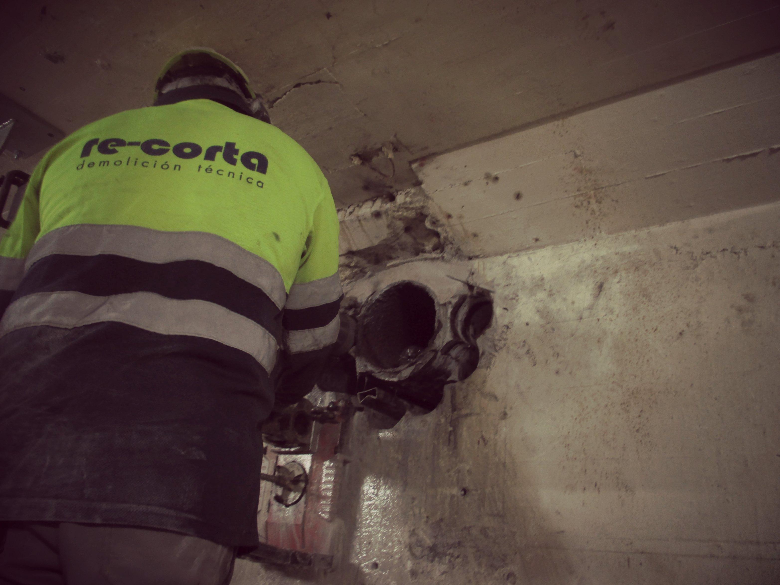 Perforación e inyección en la Central Hidroeléctrica San Esteban (Ourense), de IBERDROLA